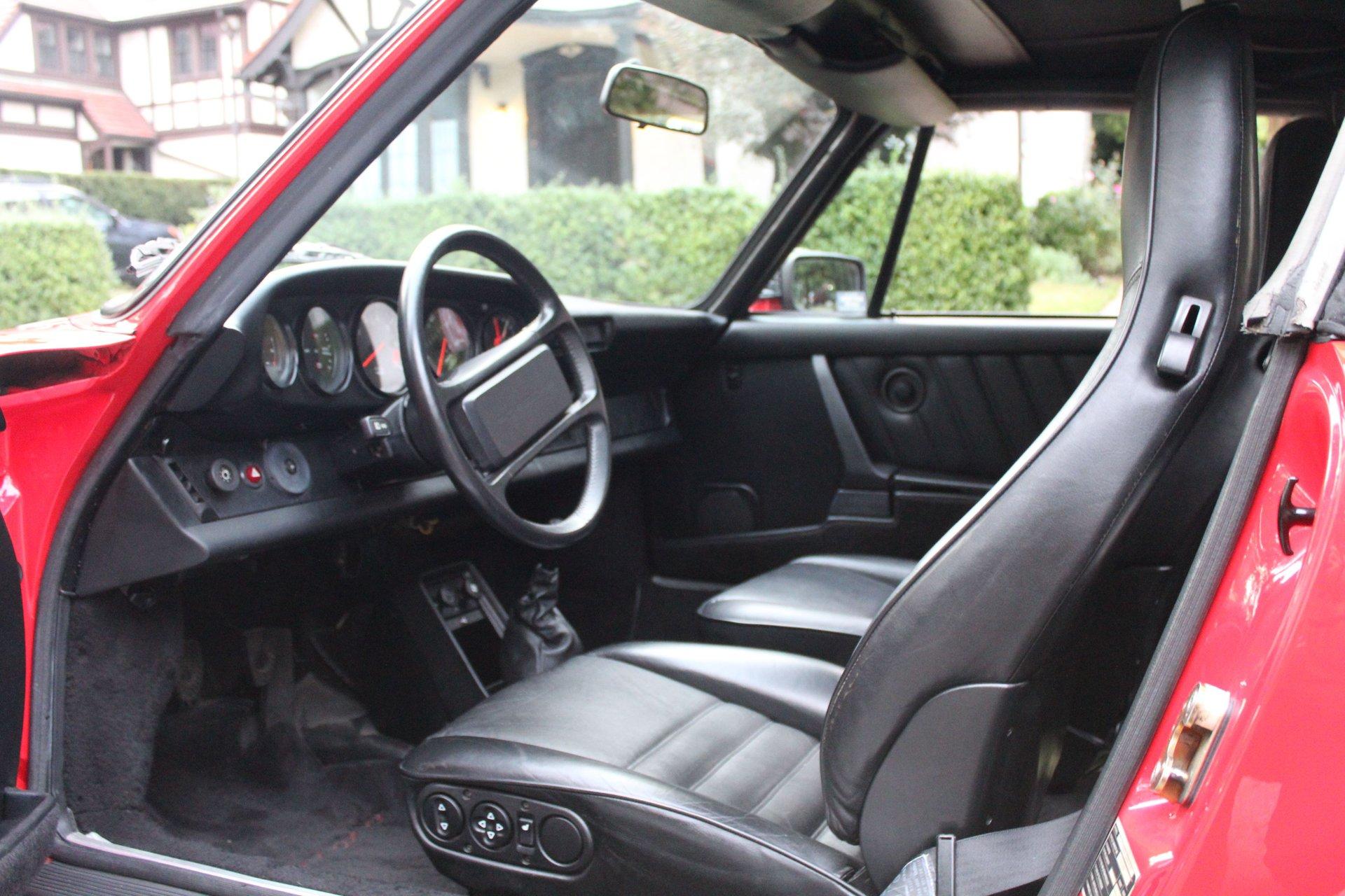 1985-porsche-911-8